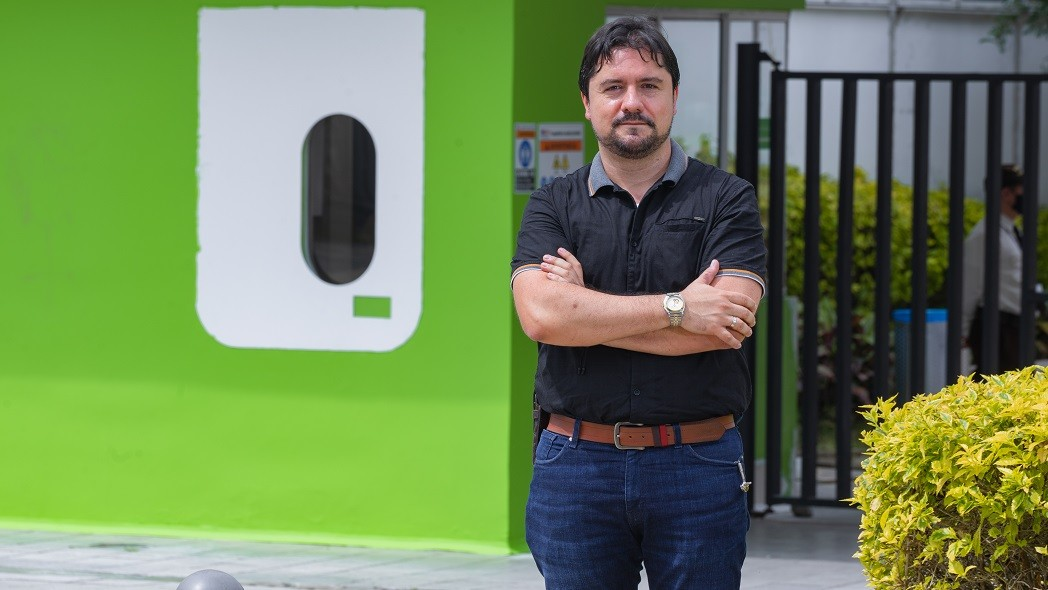 Faber Danilo Giraldo lleva tecnología a la gente de las zonas rurales